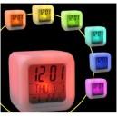 Часы светящиеся кубик